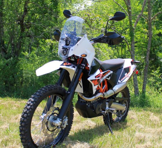 AMP 690 Enduro Rally Kit by MST